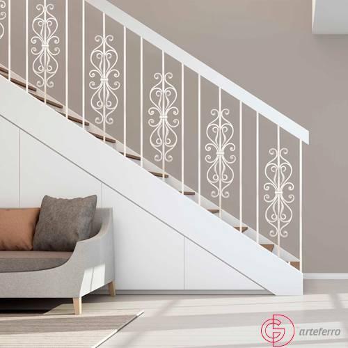 Pasamanos de Forja Blanca para escaleras modernas